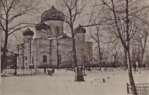 Вид храма с кладбища с ул. Пушкинской.